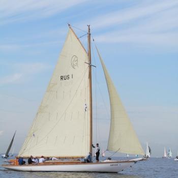 Яхта Мираме